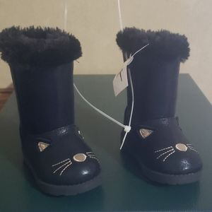 NWT BLACK FURRY CAT BOOTS
